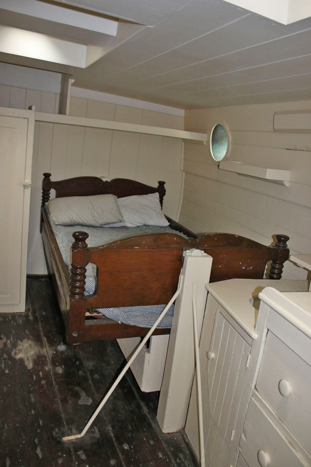 The Captain's Bunk on the Morgan