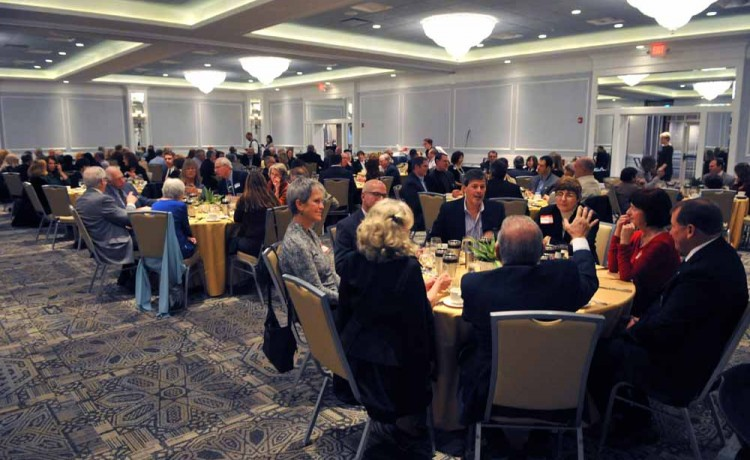 Club Members Gather for Annual Dinner