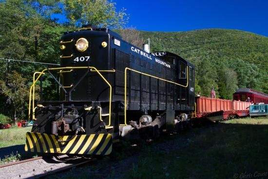 July D&D:  Must See Attractions in the Catskills @ Empire State Railroad Museum & World's Largest Kaleidoscope   Phoenicia   New York   United States